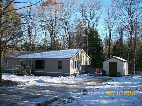 35 Mary Jane Rd, Buxton, ME 04093