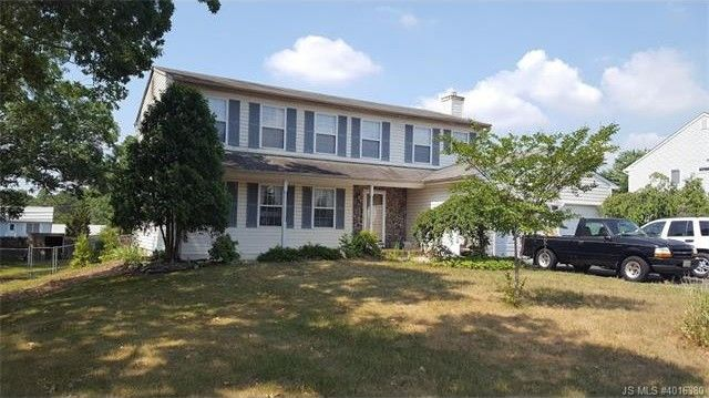 2115 cedarview dr toms river nj 08757 for 2115 east river terrace