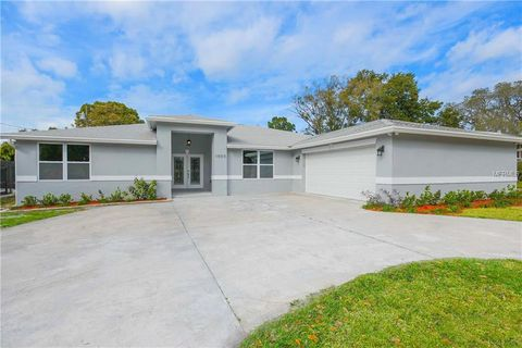 Photo of 1000 Oakview Ave, Clearwater, FL 33756