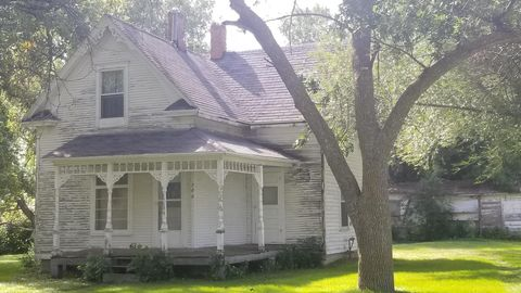Photo of 706 Smith St S, Clark, SD 57235