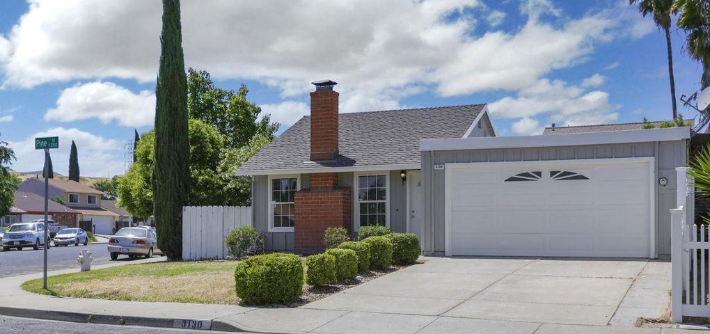 3130 Pine St Antioch, CA 94509