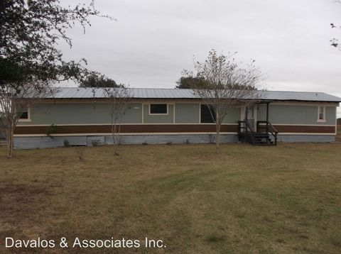 Photo of 373 County Road 119 Unit A, Floresville, TX 78114