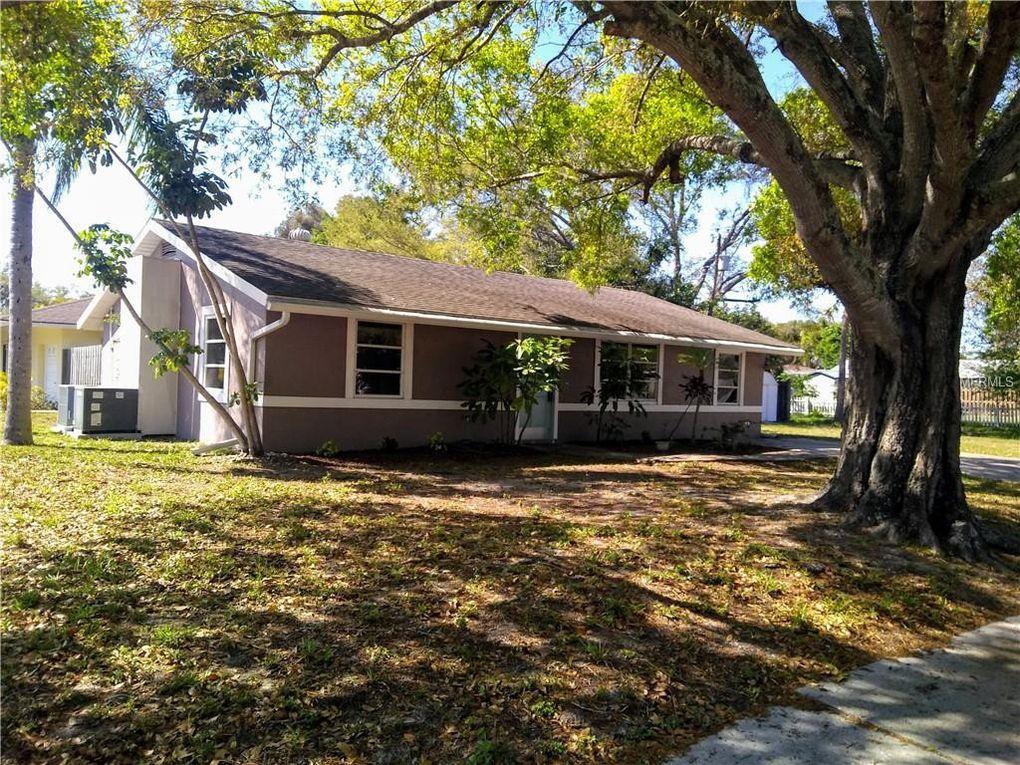 2690 E Avenue Ave S, Sarasota, FL 34239