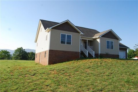 Photo of 5355 Blumie Carswell Dr, Morganton, NC 28655