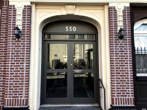 Photo of 550 Fort Washington Ave Apt 1 C, New York, NY 10033