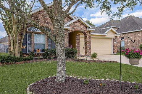 Photo of 2516 Winged Dove Dr, League City, TX 77573