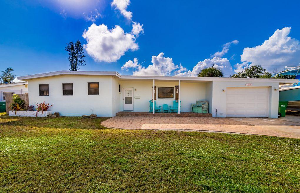 224 Ne First Ct, Satellite Beach, FL 32937