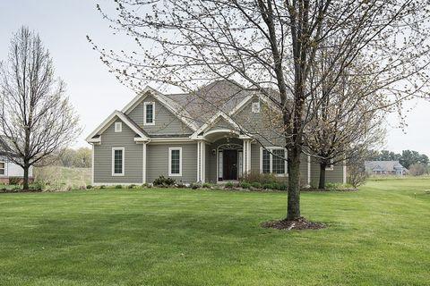 Photo of 745 Woodland Rd, Kohler, WI 53044