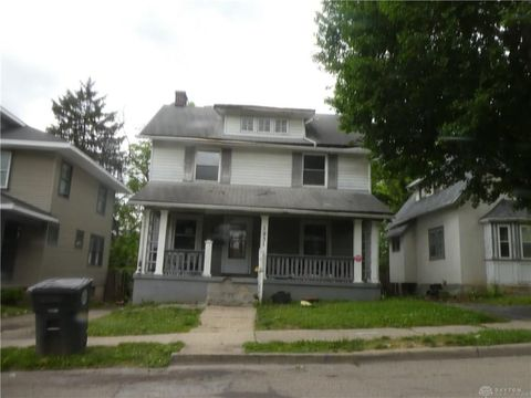 Photo of 1931 Rugby Rd, Dayton, OH 45406