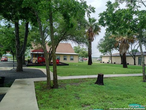 Photo of 1104 Country Ln Unit 1084, Marion, TX 78124