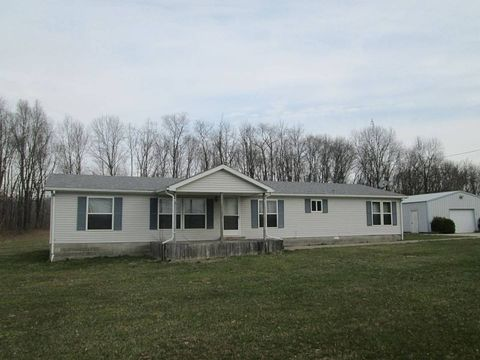 Photo of 2955 N Prairieton Rd, Claremont, IL 62421