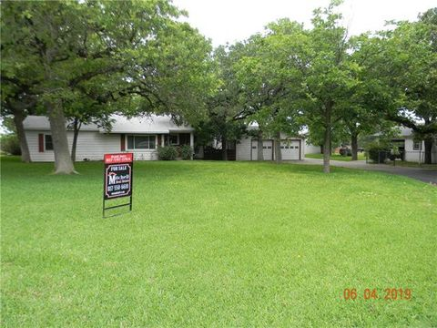 Photo of 2532 Old Dennis Rd, Weatherford, TX 76087