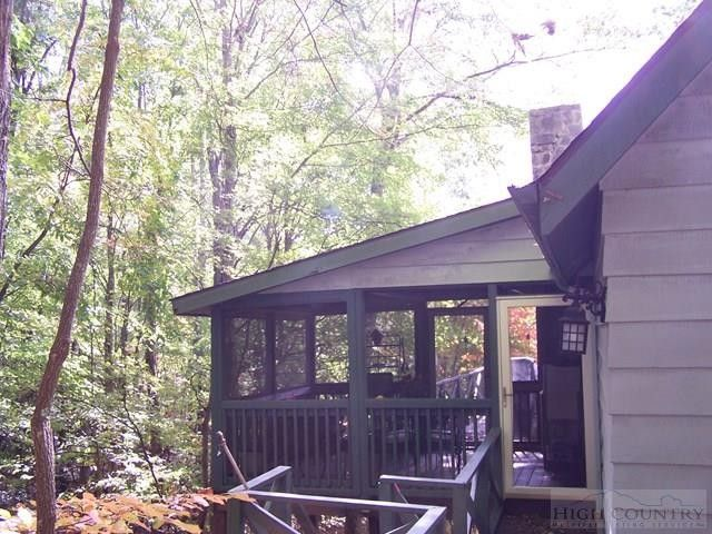 deep gap singles 473 memory ln, deep gap, nc is a 768 sq ft, 2 bed, 1 bath home listed on trulia for $129,900 in deep gap, north carolina  this single-family home .