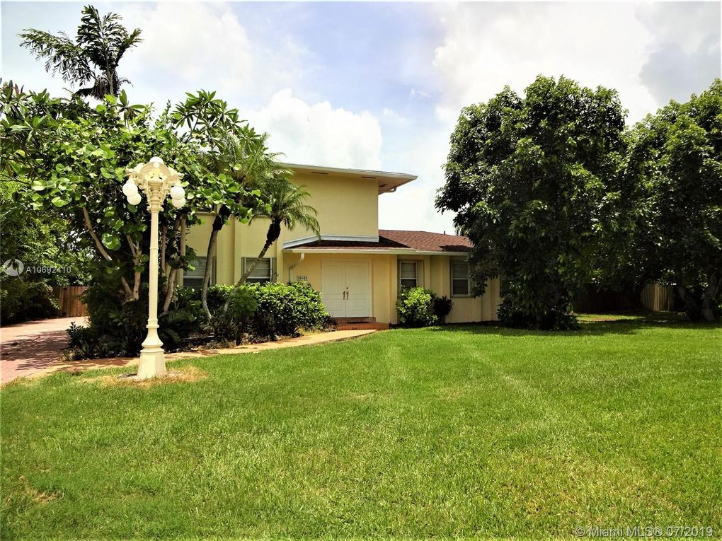 18605 SW 294th Ter Homestead, FL 33030