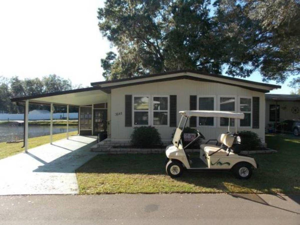 3843 Tall Oaks Dr, Zephyrhills, FL 33541