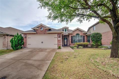 Photo of 1019 Bend Ct, Forney, TX 75126