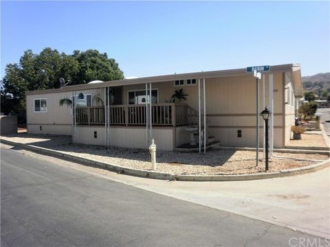 3663 Buchanan St Riverside CA 92503