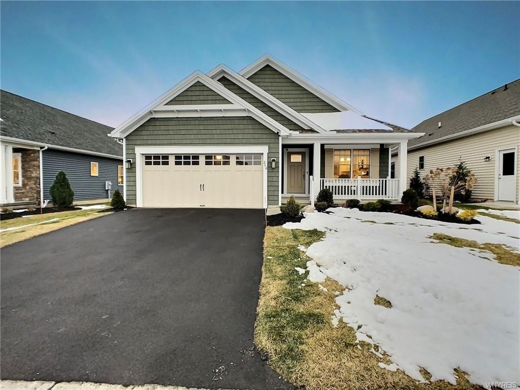 254 Northill Dr Amherst, NY 14221