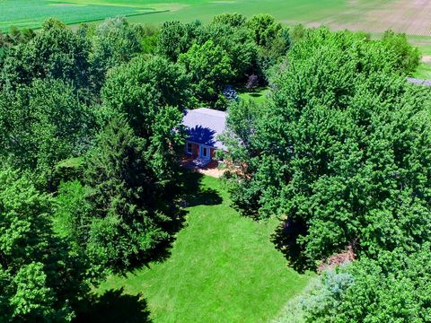 Grundy County, IL Real Estate & Homes for Sale - realtor com®