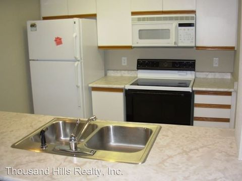 Photo of 200 Golfview Dr Apt C3, Branson, MO 65616