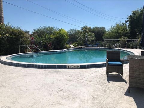 Photo of 1900 Clifford St Apt 601, Fort Myers, FL 33901