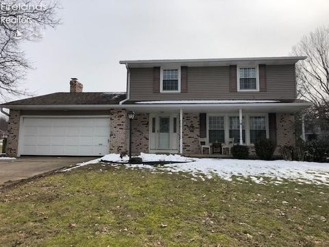 Photo of 585 Sequoia Ln, Mansfield, OH 44904
