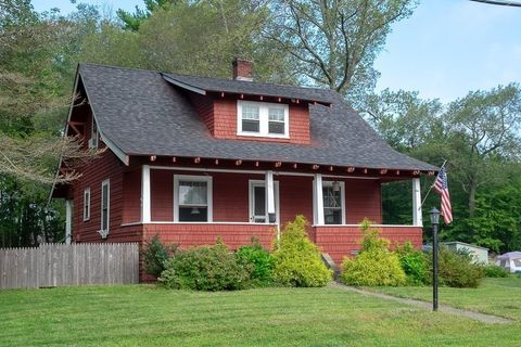 100 Wallace Ave, Auburn, MA 01501. House For Sale