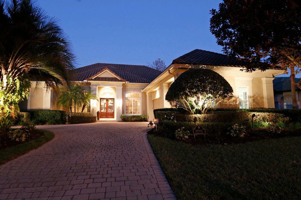 8901 Elliotts Ct, Orlando, FL 32836