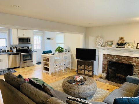 Photo of 56 Old County Rd, East Sandwich, MA 02537