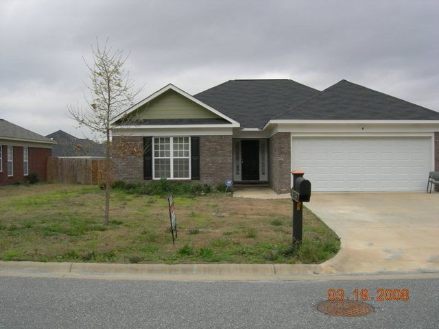 6 Devonshire Dr, Phenix City, AL 36870
