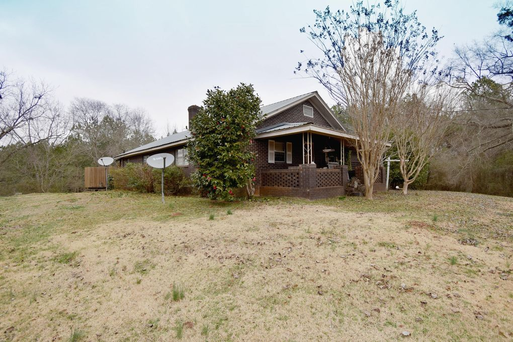 1320 Coosa County Road 44, Goodwater, AL 35072