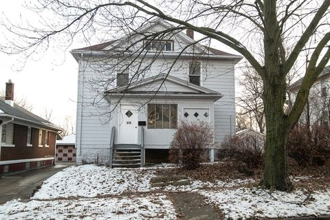 618 W Mc Donough St, Joliet, IL 60436