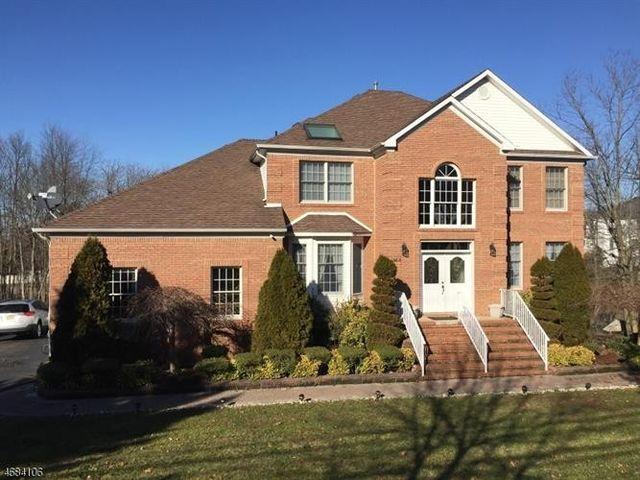 144 Pergola Ave Monroe Township Nj 08831 Home For Rent
