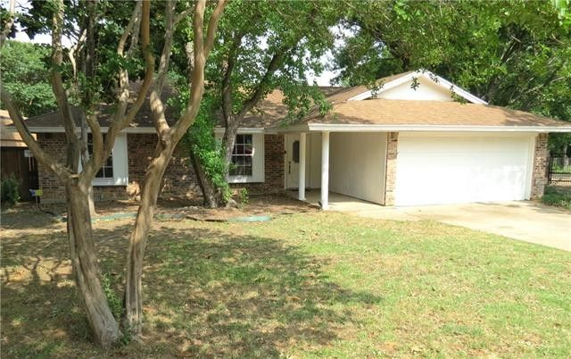 2511 Ironwood Ct Arlington, TX 76016