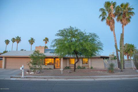 Photo of 7366 N Heathcliff Ave, Tucson, AZ 85741