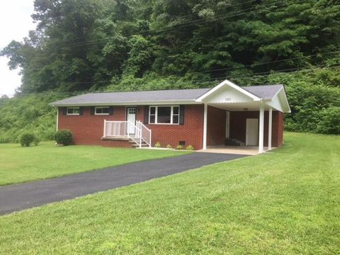 Photo of 1050 Upper Chloe Rd, Pikeville, KY 41051