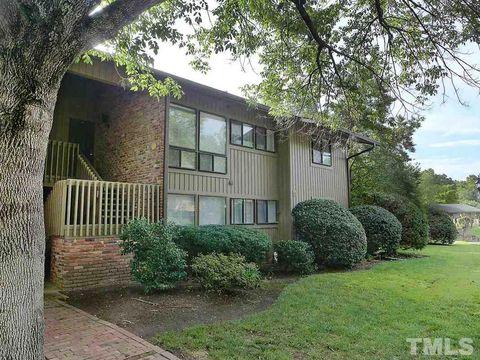 Photo of 1306 Oak Tree Dr Unit 1306, Chapel Hill, NC 27517
