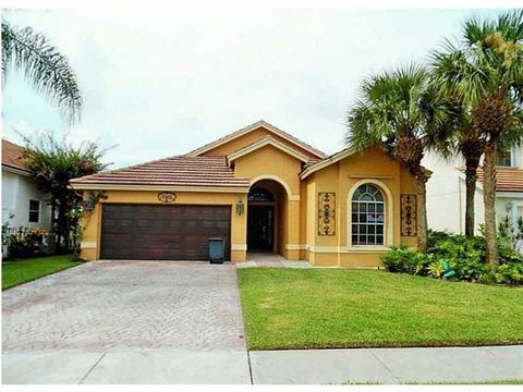 7802 Hoffy Cir, Lake Worth, FL 33467