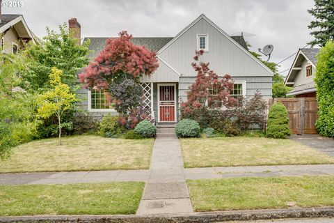 Photo of 2323 Se 54th Ave, Portland, OR 97215