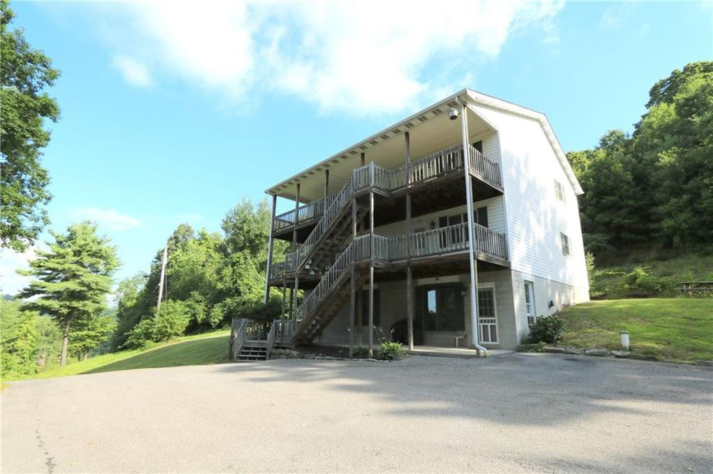 355-363 Perry Hwy Harmony, PA 16037