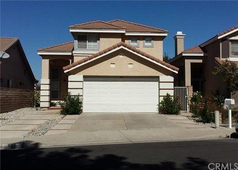 823 S Songbird Cir, Anaheim Hills, CA 92808