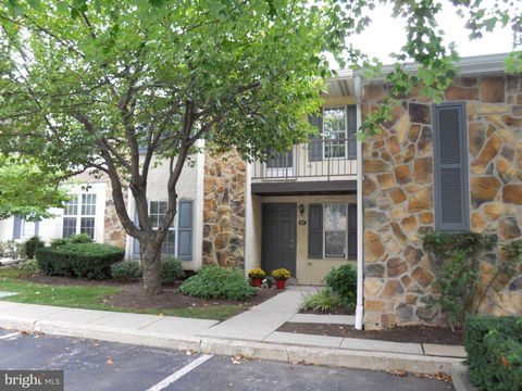 Photo of 208 Valley Stream Ln, Chesterbrook, PA 19087