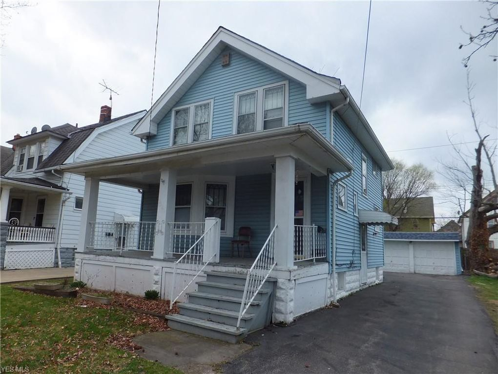 3320 W 99th St Cleveland, OH 44102