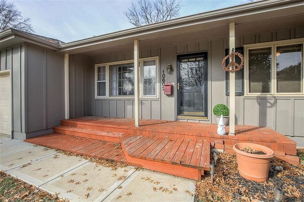 10602 W 90th St, Overland Park, KS 66214