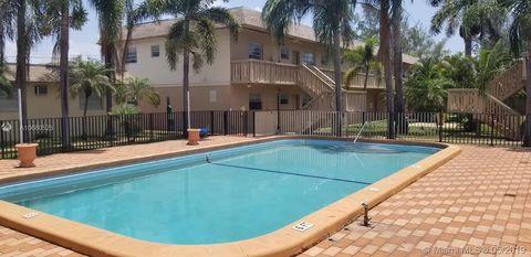 Photo of 1350 Ne 119th St Unit 135024, Miami, FL 33161