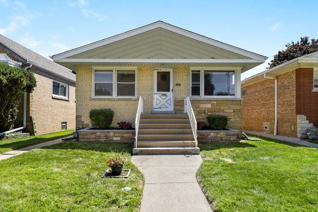 7024 29th St Berwyn Il 60402 Realtor Com