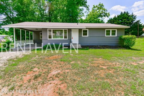Photo of 270 Quail Creek Rd, Inman, SC 29349