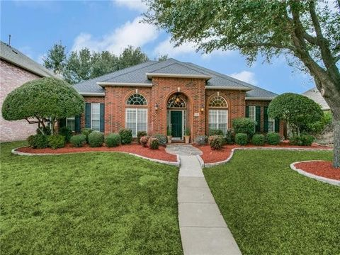 Photo of 3205 Stonehenge Dr, Richardson, TX 75082