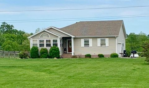 Photo of 7614 Princeton Rd, Hopkinsville, KY 42240