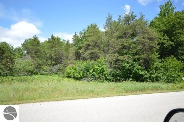 10950 dylan dr interlochen mi 49643 land for sale and real estate listing